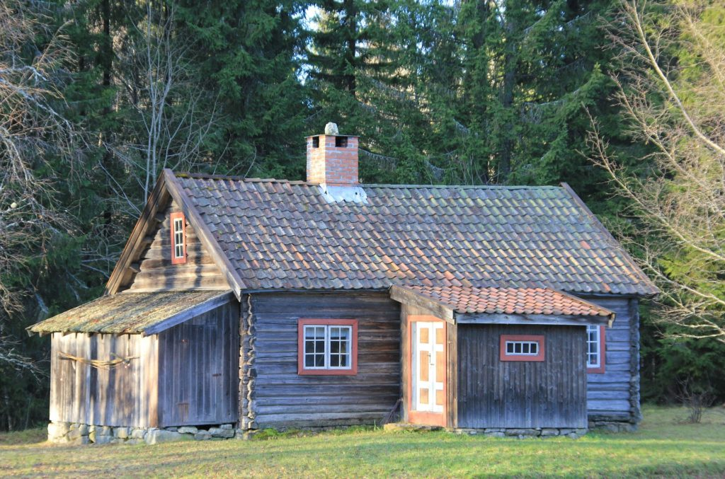 Scandinavian Log Cabins - What Are They? - Lodge Lifestyle